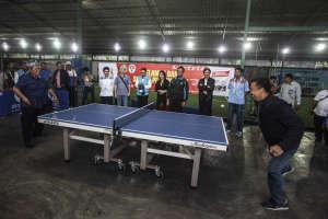 Menpora dan Gubernur Jabar Main Tenis Meja